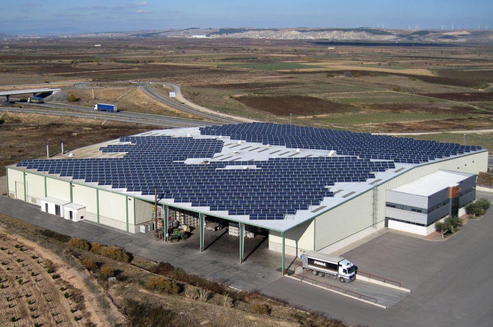 Cubierta Fotovoltaica En Aldeanueva De Ebro