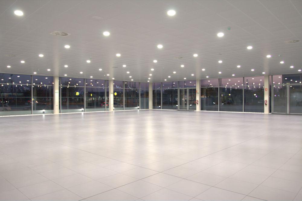 Instalación Eléctrica De BT Concesionario MERCEDES (Tudela)